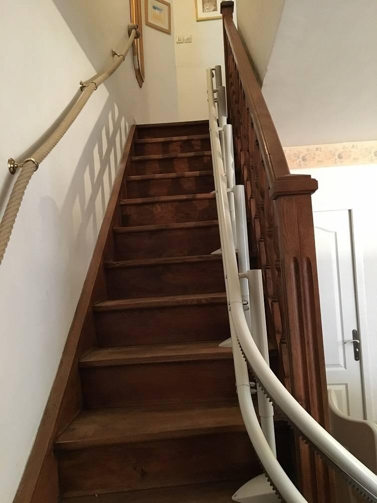 fauteuil monte escaliers toulon a s a. Black Bedroom Furniture Sets. Home Design Ideas