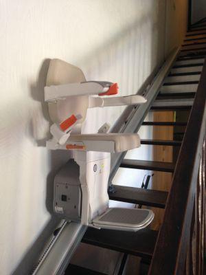 installation d 39 l vateur et de monte escalier en r gion. Black Bedroom Furniture Sets. Home Design Ideas